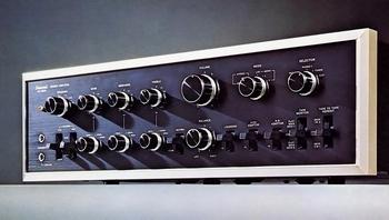 au-9500.jpg