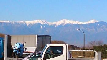 白嶺三山。右から北岳、間ノ岳、農鳥岳